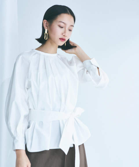 TUCK GATHERED MODE BLOUSE